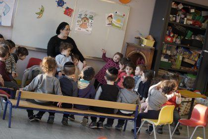 Moment de simha à la maternelle